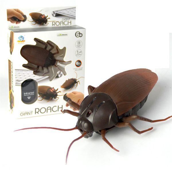Brinquedos de Controle Remoto infravermelho Mock Falso Barata RC Prank Insetos Joke Truque Assustador Bugs para Party Joke Prática de Entretenimento