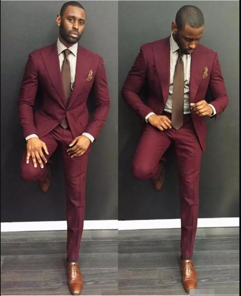 Klas Bordo Düğün Erkek Takım Elbise Slim Fit Damat Smokin Erkekler İki Adet Groomsmen Suit Ile Ucuz Örgün İş Ceketler Kravat Ile
