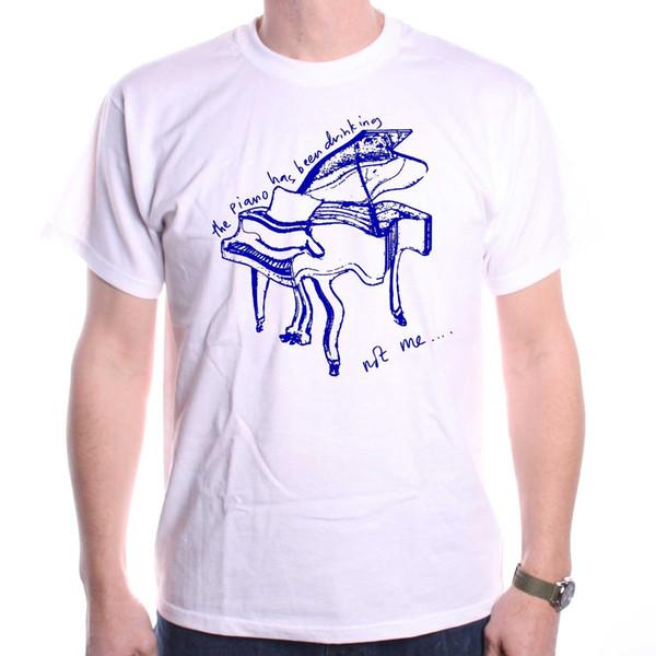 Inspiriert von Tom Waits T-Shirt - Das Klavier hat klassische Rock-T-Shirt Hip Hop-Neuheit Männer Marke Kleidung getrunken