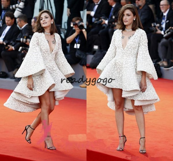 Eleonora Carisi in Ashi Studio Short Prom Party Dresses with Long Bell Sleeve 2019 3D Floral Lace Ruffles Puffy Cocktail Celebrity Dress