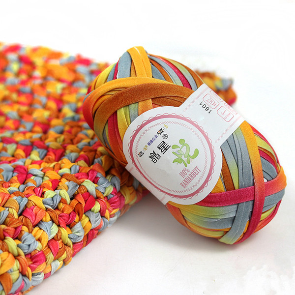 best selling 100g  ball fancy yarn factory wholesale pack colored ribbon yarn for knitting with 100% polyester T shirt handcraft yarn