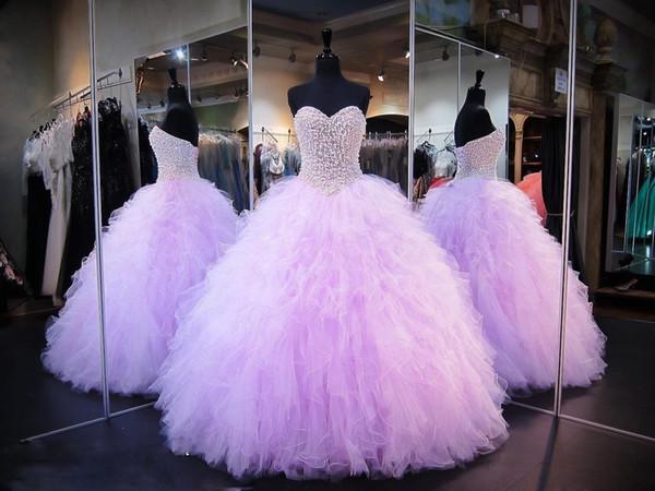 Lavanda Vestidos de quinceañera Vestido de bola Corsé Cristales Perlas Volantes Tulle 2019 Lace Up Back Vestidos de fiesta para niñas Vestido de fiesta cariño