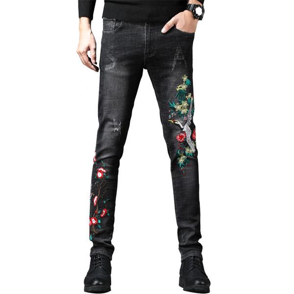 Großhandel Newsosoo Marke Stickerei Denim Jeans Männer Slim Fit Lässige Jeans Hose Kran Vogel Blumenmuster Männlichen Biker Bleistift Hosen Schwarz