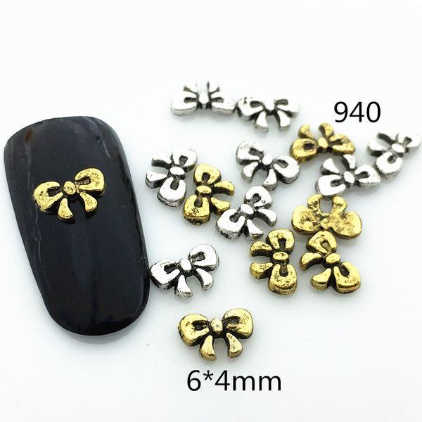 10 pçs / saco Japão 3D Nail Art Deco De Metal Kawaii retro Bowknot 4 * 6mm Acessório Prego DIY Charme Ferramentas Para Manicure