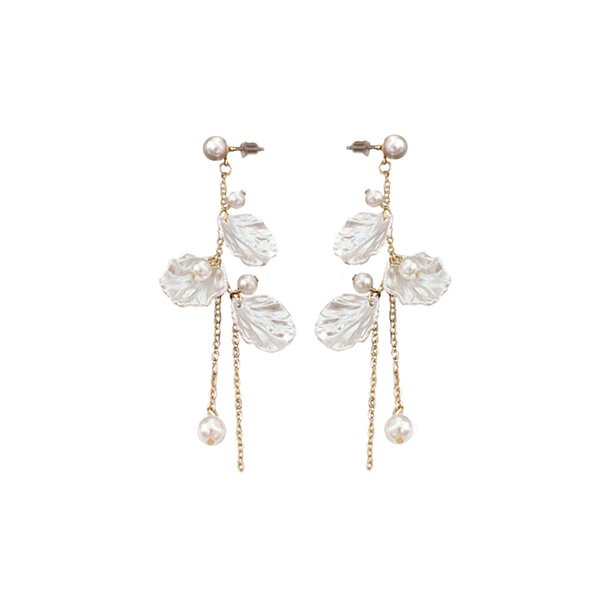 SANSUMMER 2018 New Fashionable Beauty FAIRIES 3 Shell Shells Plastic Pearl Long Streamline Chain Ear Studs Lady Earrings 5392