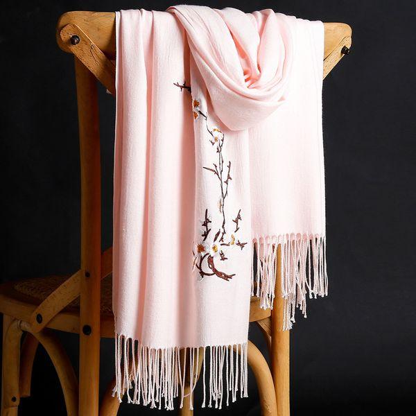 Новая осень и зима 2018 кашемир вышивка шарф женщина утолщенные сплошной цвет теплая бахрома шаль Оптовая
