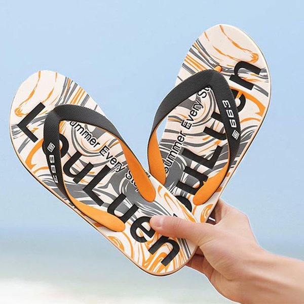 2018 Spring new simple men's flip flops thick feet and slippers outdoor Europe and the United States tide beach shoes Free shipping