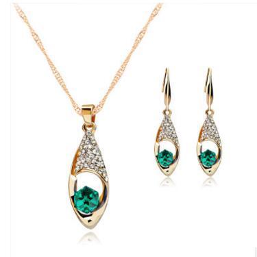 Crystal Diamond Angel Tears Drop Collana Orecchini Imposta collana a catena in oro per le donne Gioielli moda sposa 4 colori