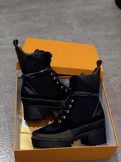 B cloth +leather