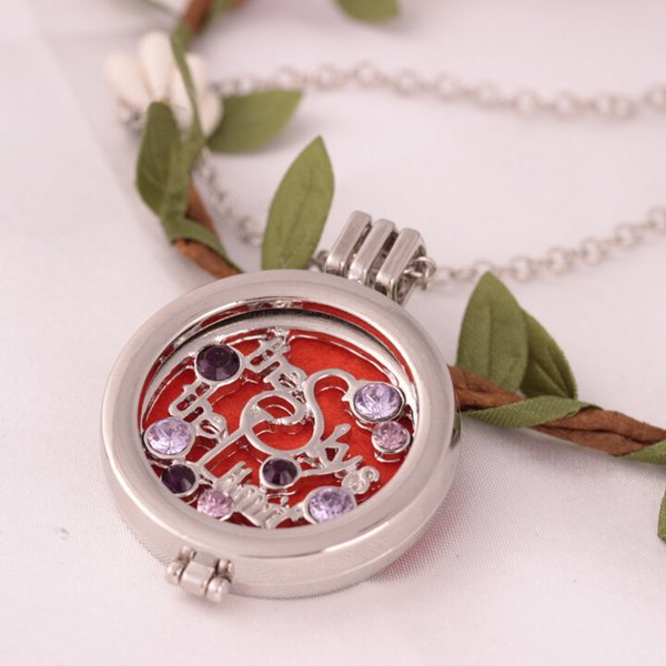 Alphabet Stainless Steel Perfume Diffuser Locket Necklace Aromatherapy Essential Oil Diffuser Pendant Colar Gift For Women