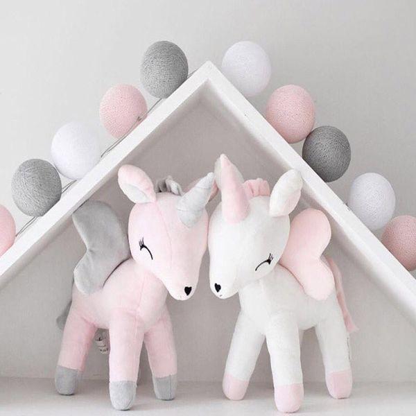 Bambola di peluche unicorno Giocattolo per bambini Cuscino carino Cuscino Ragazzi Ragazze Camera Decorare Ornamenti Animali per bambini Farcito Cotone PP Morbido Popolare Bowknot