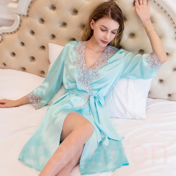 Free Shipping New Sexy Real Silk Women Bathrobes High Quality 100% Mulberry Silk Two-Piece Robe Sets Noble Elegant Embroidery Nightgowns