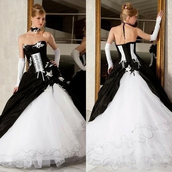 Vintage Black And White Ball Gowns Wedding Dresses Hot Sale Backless Corset Victorian Gothic Plus Size Wedding Bridal Gowns Cheap