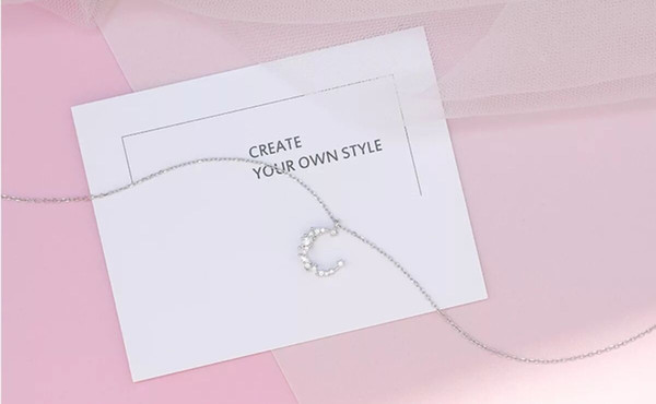 Necklace Clavicular Chain Temperament Moon-Shape Silvering Collarbone Chain Necklace Western style Valentine's day gift for women
