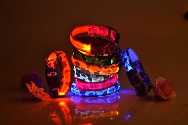 LED Collare per cani Leopard PP nastro Night Light Collana per cane Gatto incandescente nel buio lampeggiante Pet Decor fluorescente 100PCS TC180921