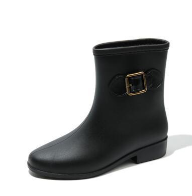 2018 NEW Women Rain shoes spring and autumn rain boots medium tube- slip high boots 786512