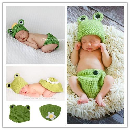 Crochet Newborn Baby Frog Hat with Crown Green Frog Hat Pants Set Crochet Infant Baby Photography Props Clothes