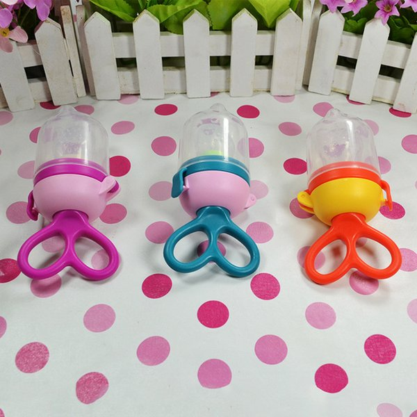 Portable Baby Pacifier Feeding Dummies Soother Nipples Soft Tool For Boys Girls Fruit Vegetables Pacifier Clips kids