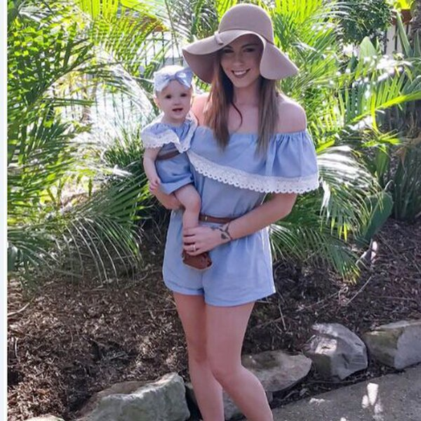 New Mother Daughter Dresses 2017 Summer Family Clothing Mom and Daughter Dress Family Matching Outfits Dress for Kids and Women