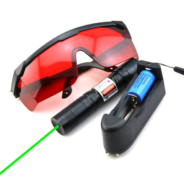 SDLasers GS4-0100 Adjustable Focus 532nm Green Laser Pointer With 1*18650 Li Battery & Charger & Goggles Funny Pet stick