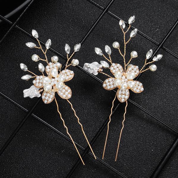 Nueva aleación foto de la joyería de la pasarela de cinco hojas flor de oro con cuentas tocado de la boda de moda novia horquilla al por mayor