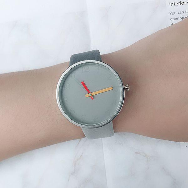 New 2018 Popular Leather Women Casual Watch ladies Luxury Watches men Sport Quartz Wristwatch simple female dress Clock hours