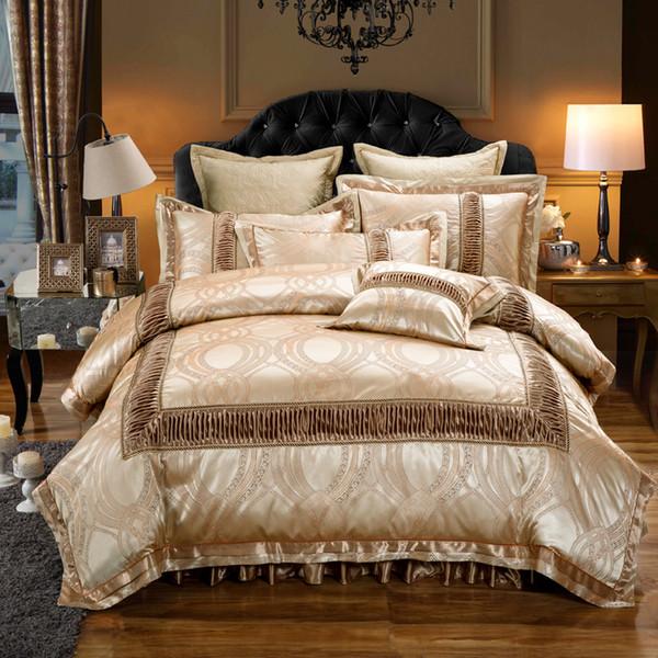 Golden Red Luxus Hochzeit Bettwäsche Set König Königin Größe Baumwolle Fleck Jacquard Bett gesetzt Bettdecke / Bettbezug dickes Bett Rock Kissen 40