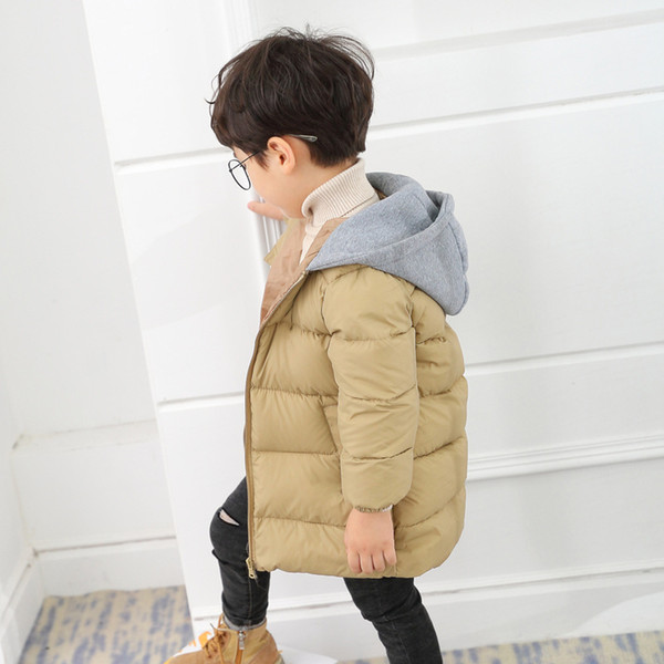 Großhandel Neue Jungen Parka Jacken Winter Kinder Jacken Für Mädchen Baumwolle Gefütterte Mäntel Lässige Kapuze Warme Kinder Oberbekleidung BC445 Von