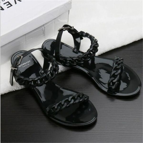 L'Europe et les États-Unis nouvelle chaussures de plage en plastique de chaîne de couleur bonbon jelly sandales chaîne fond plat sur des sandales