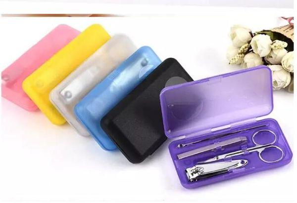 4Pcs/set Nails Clipper Kit Manicure Set Clippers Trimmers Pedicure Scissor Random Color Nail Tools Sets Kits Manicure Tool 600set