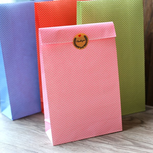 Polka dot paper bag, Gift Bags, Party, Lolly,Favour, Wedding, Packaging 30pcs/lot