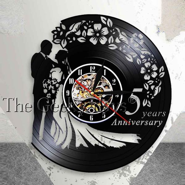 Großhandel 1 Stück Jahrestag 5 Jahre Handgefertigte Wand Kunst Dekor Uhr Vinyl Record 3d Wanduhr Kreative Kunst Wanduhr Hochzeitsgeschenk Idee Von