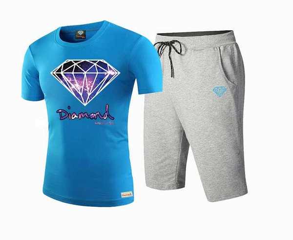 Brand Designer New Summer Cotton Mens T Shirts Fashion Short-sleeve Printed Diamond Supply Male Tops Tees Hip Hop Sport DTZ10