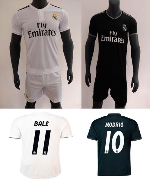 18 19 Pantaloncini calcio Real Madrid Home Away 2018 2019 Ronaldo Cartellino calcio ASENSIO Bale Kroos Camicia calcio ISCO Camiseta De Fútbol