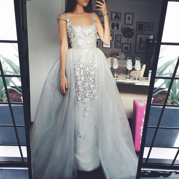 2019 OverSkirts Prom Dress Sexy Cap Sleeve Piazza collo argento Appliques in pizzo Tulle Ball Gown staccabile Train Party Evening Gown