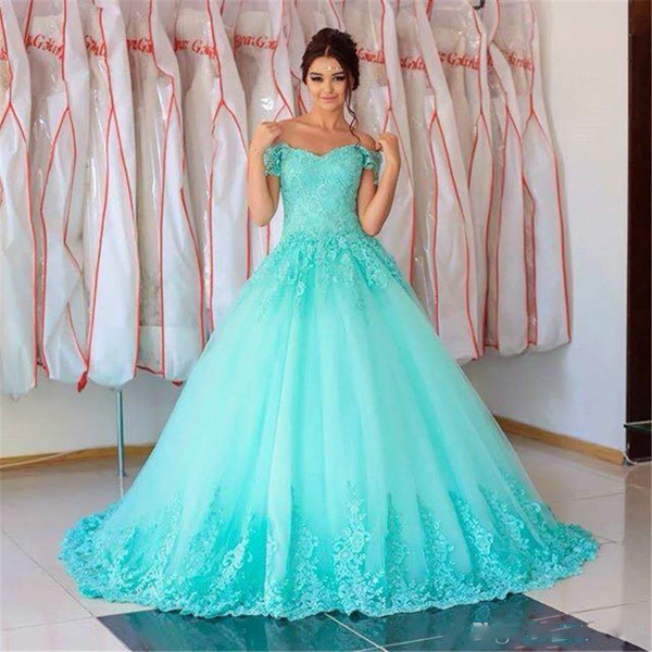 2017 New Gorgeous Turquoise Quinceanera Ball Gown Dresses Off Shoulder Lace Appliqus Sweet 16 Sweep Train Plus Size Party Prom Evening Gowns