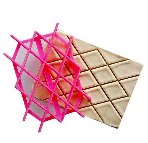 Wholesale- 1pcs Rhombic Grid Fondant Molds Cake Decorating Styling Tool Pierced Cookies Cutters DIY Baking & Pastry Tools CT265