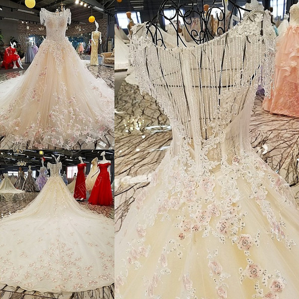 Sweet Design Wedding Dresses Beading Lace Appliques Crystals Zipper Back Bridal Dresses Cathedral Train Charming Wedding Gowns