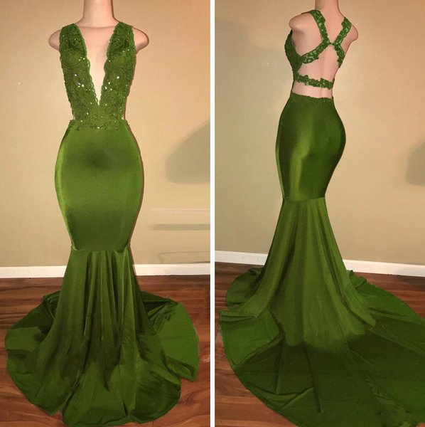 Elegant Prom Dresses Mermaid Criss Cross Straps Sexy Back V Neck Lace Applique Green Sleeveless Long Party Wear Evening Gowns Trajes de gala