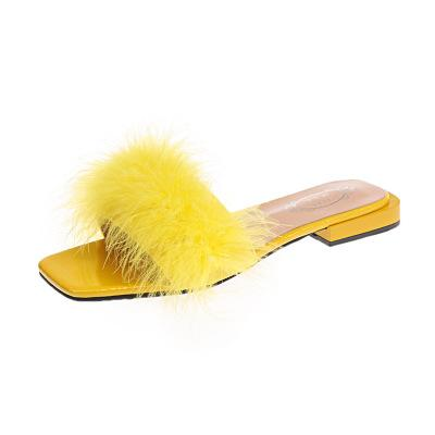 Creative flat-bottomed casual women's shoes 2018 summer square head ostrich hair low heel sandals comfortable home a lot of female cool drag