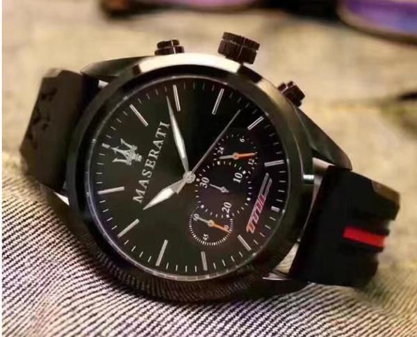 Hot Sale 2017 New Fashion Dress Luxury Design Men Watch Casual Rubber Strap Quartz Watch Montre Clock Relojes De Marca Wristwatch WholesaleG