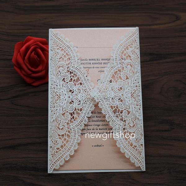 Lasergeschnittene Hochzeit lädt 2019 elegante Elfenbein-Spitze-Blumen-Abend-Abendessen-Einladungs-Party-Einladungskarten mit Umschlag KOSTENLOSER DRUCK ein