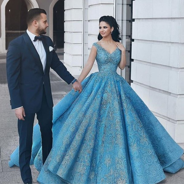 Glamorous Arabia Blue Prom Dresses V-Neck Sequin Beads Appliques Lace Ball Gown Party Dress 2018 Custom Made Fabulous Dubai Evening Dress
