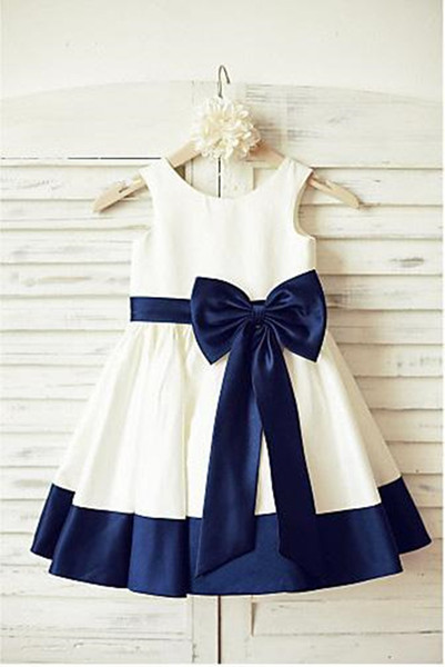 Ivory and Navy Blue A Line Flower Girl Dresses New Bowknot Colorful Toddler Floor Length Wedding Party Gowns Real Image Belt Best Satin