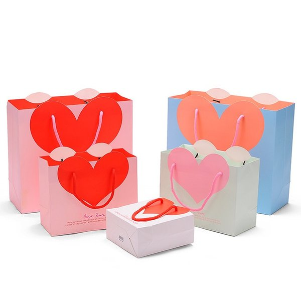 Love Heart Paper Gift Bag Goodie Bags with Handle Baby Shower Party Valentine's Day Wedding Favor Bag wen6817
