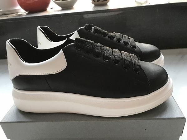 Black White Platform Classic Casual Shoes Casual Sports Skateboarding Shoes Mens Womens Sneakers Velvet Heelback Dress Shoe Sports Tennis