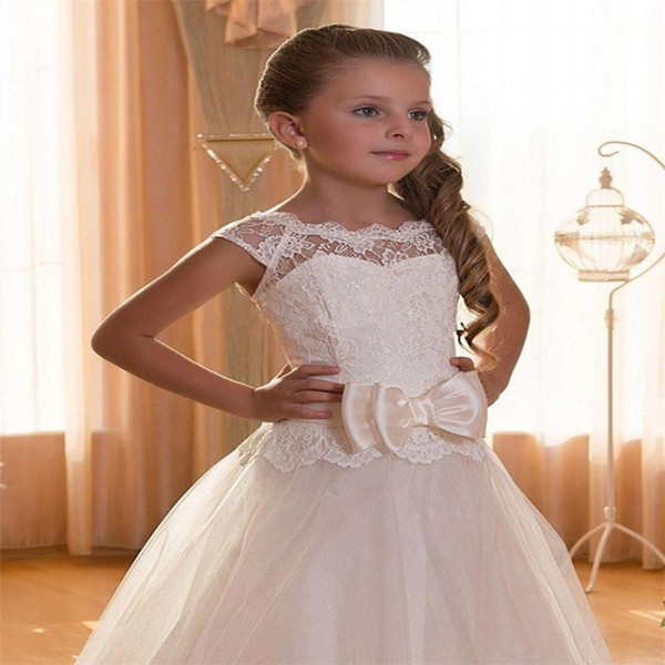 Ivory 2016 Flower Girl Dresses For Weddings A line Cap Sleeves Tulle Lace Appliques Little First