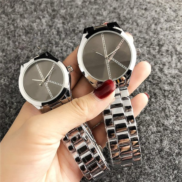 reloj de cuarzo de la marca para los hombres de las mujeres de los amantes con la venda de acero del logotipo del metal Relojes C 6239-2