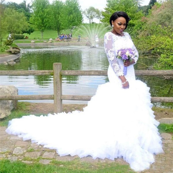Plus Size Mermaid Wedding Dresses Vintage Beaded Lace Long Sleeve White Ruffled Tulle Country Style African Bridal Gowns with Buttons