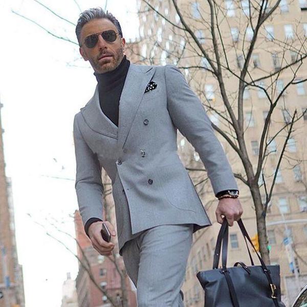 Latest Design Double Breasted Light Grey Wedding Groom Tuxedos Peak Lapel Groomsmen Mens Dinner Blazer Suits (Jacket+Pants+Tie) 662